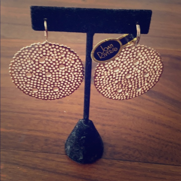 JOAN RIVERS NEW WITH TAGS rose gold tone earrings